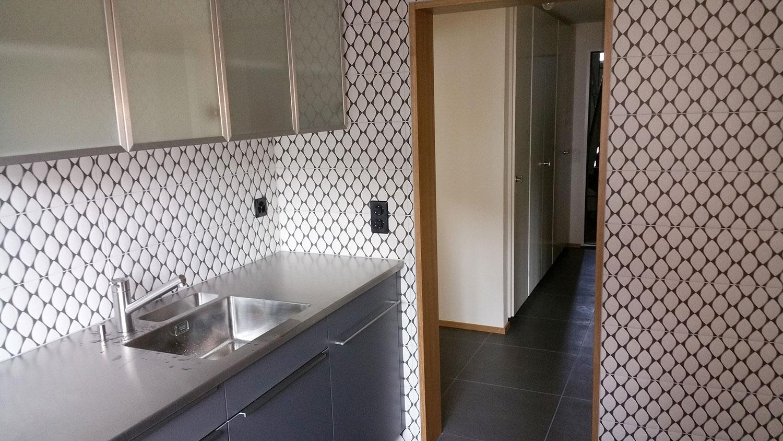Wand- und Bodenbeläge aus Kunststein